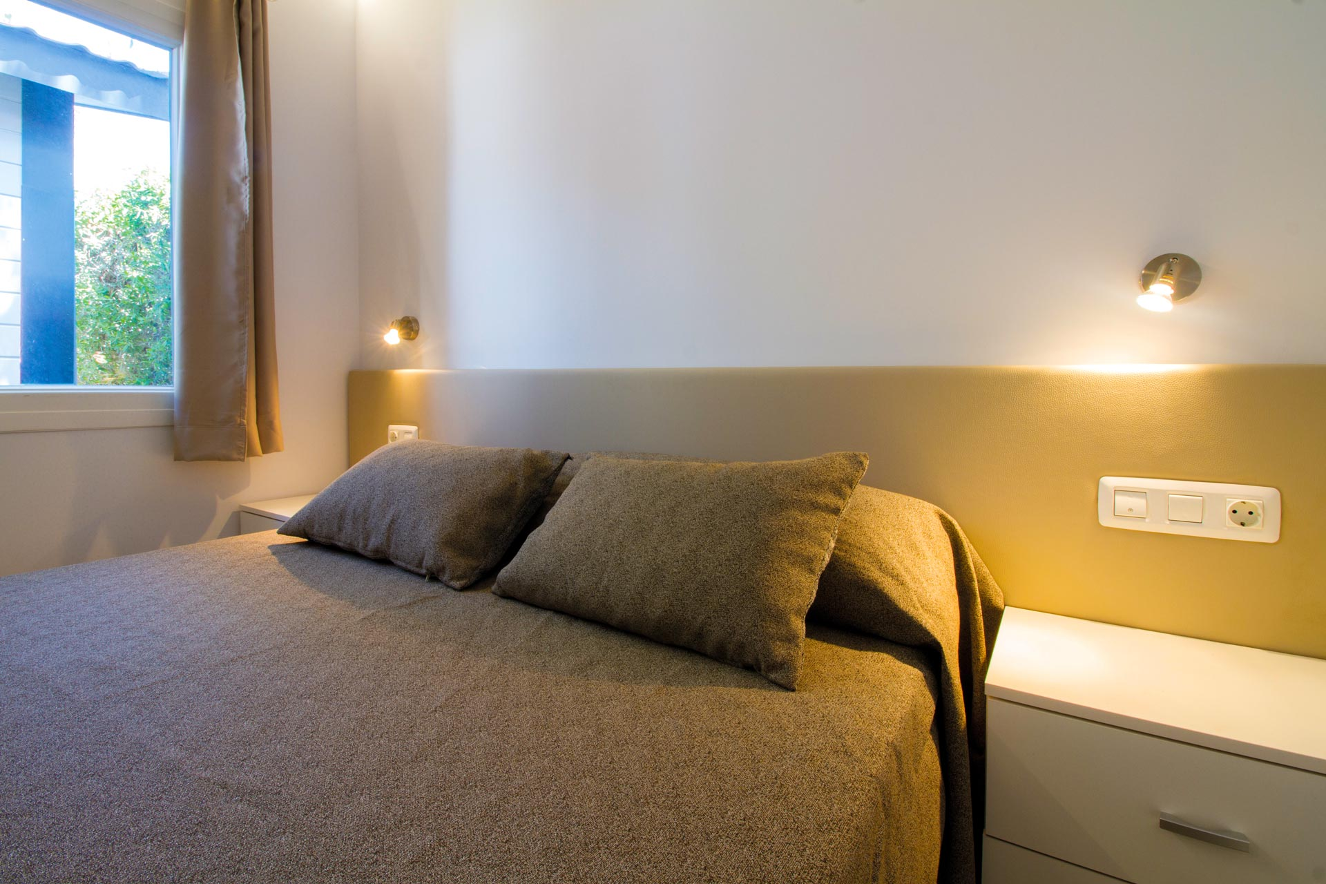 WES-DR-12-Double-Room-3
